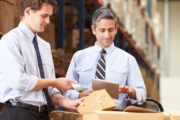 Managing warehouse inventory